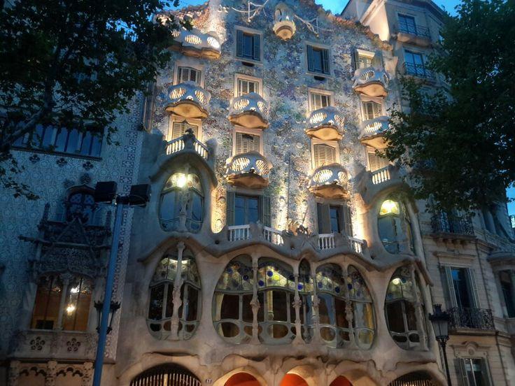 Gaudinin modern yorumlarından biri casa batllo