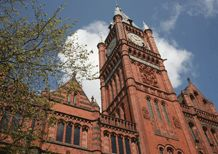 Guided and walking tours at University of Liverpool