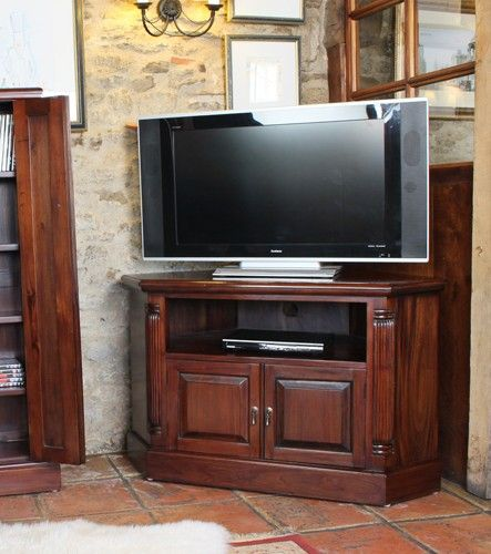 This La Roque Corner Television Cabinet is a part of La Roque and a great Television Cabinet.  The dimension of this La Roque Corner Television Cabinet are as follows - the height is 66.3CM, the width is 109CM the depth is 53CM and the volume of this La Roque Corner Television Cabinet is 0.38CBM.  The International Article Number or EAN number is 5060164712824 and the weight is 38.00kg.  This La Roque Corner Television Cabinet is an authentic Baumhaus product and Bonsoni is proud to be an…