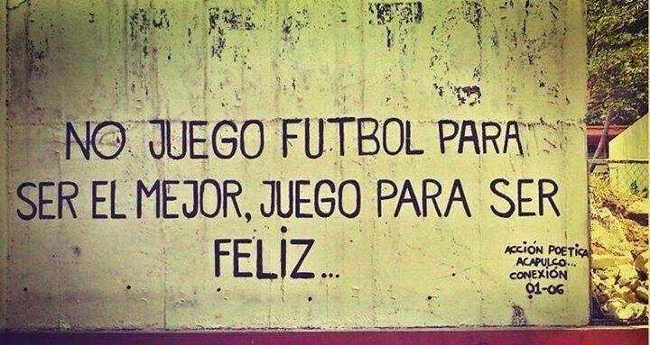 Juega fútbol!
