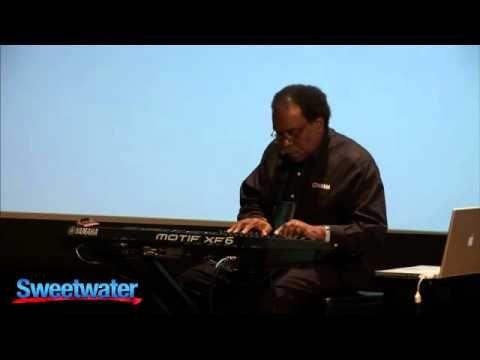Yamaha Motif XF Explored Part 1 - YouTube