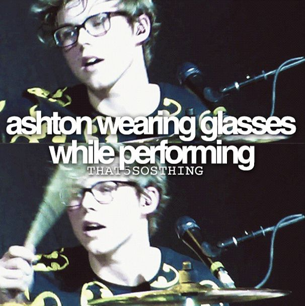I love Ashton Irwin's glasses so much x>>>>is that even possible like wouldn't they fall off
