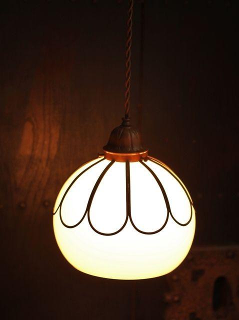 宣徳色菊型金具照明 A1257