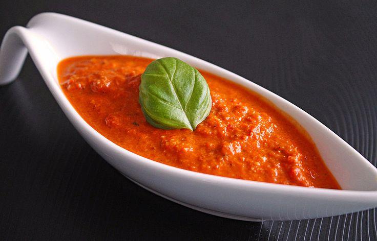 Paprika - Pesto, ein gutes Rezept aus der Kategorie Sommer. Bewertungen: 39. Durchschnitt: Ø 3,8.