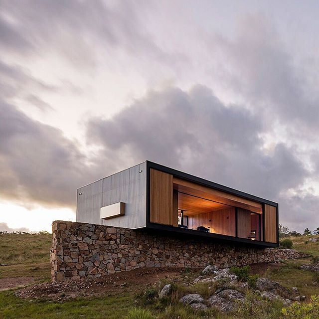 Is This The Most Beautiful House Ever To Arrive On The Back Of A Lorry?