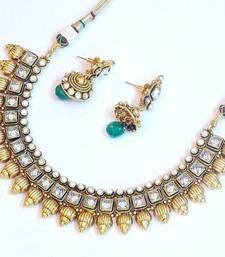 Buy Royal elegant bridal wear set 1084 bridal-set online