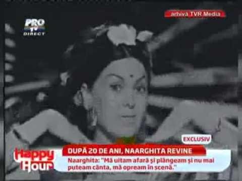 Naarghita aduce Bollywoodul in platoul emisiunii si face spectacol cum n-a mai facut de peste 20 de ani.    In plus, artista ne arata obiecte care amintesc de viata stralucitoare de altadata si povesteste despre relatia ei cu actorul Raj Kapoor.    In urma cu mai bine de 20 de ani, umplea stadioane intregi la concertele ei si castiga zeci de mii de ...