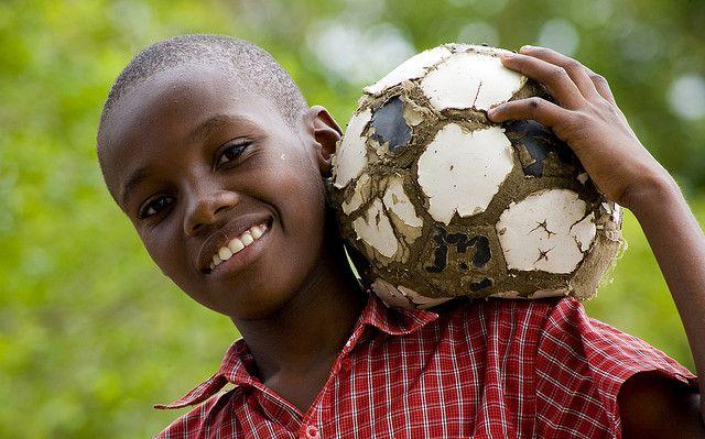 """Para mi la pelota era como un diamante: un diamante no te lo quitas de encima, lo ofrecés"" Glenn Hoddle  http://futbolenpositivo.com/?p=3044"