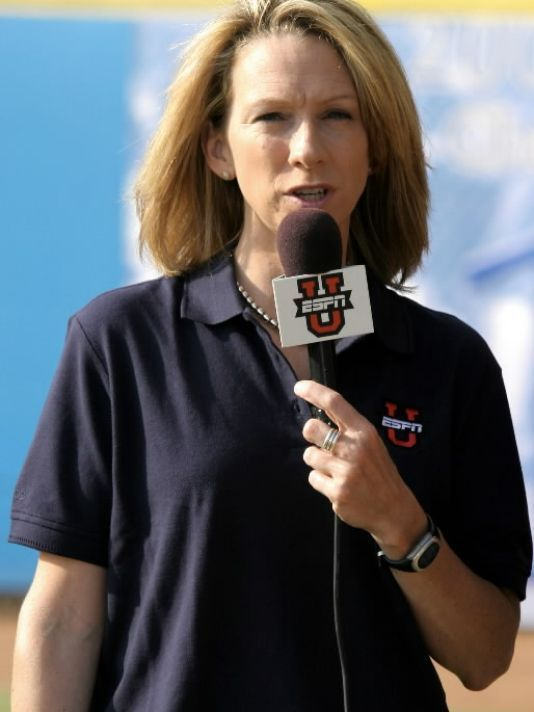 Beth Mowins in line to be first woman to do NFL play-by-play since 1987.