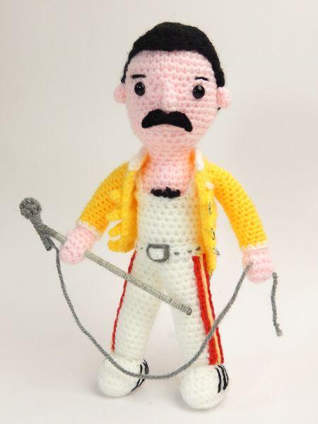"""Free pattern : Freddie Mercury by """"Moji-Moji Design"""""""