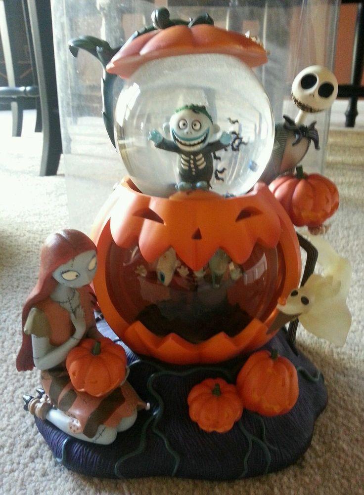 Walt Disney's The Nightmare Before Christmas Pumpkin Snow globe Original Box