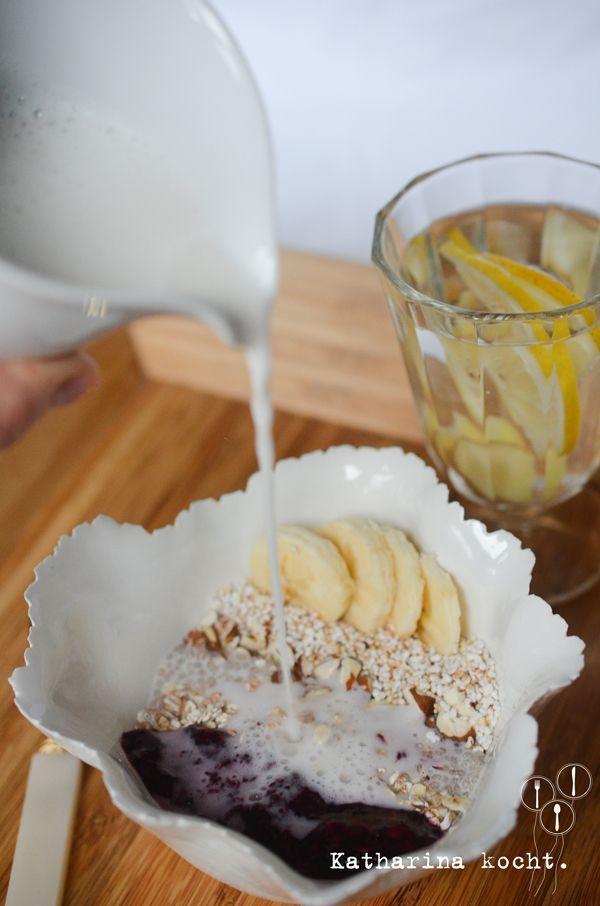 Clean Eating, das Frühstück und ich: Müsli mit Chia, Mandeln und Beeren | Katharina kocht | Bloglovin'