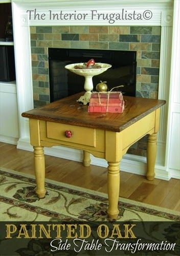 Chalk painted oak table with stained top ~ http://itsalwaysruetten.blogspot.com/2014/06/2-minute-4th-of-july-wreath.html
