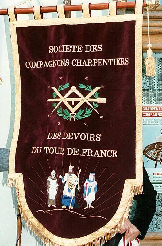 source: Compagnon Jaky Lot & Garonne Banière compagnon des Charpentiers Musée de Tours