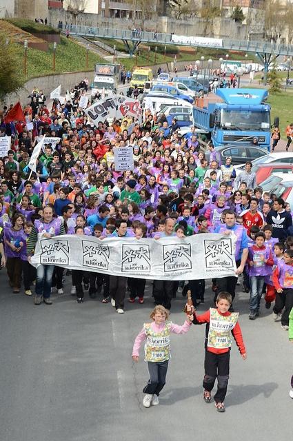 Korrika # 18, 2013 Euskalakari AEK, via Flickr