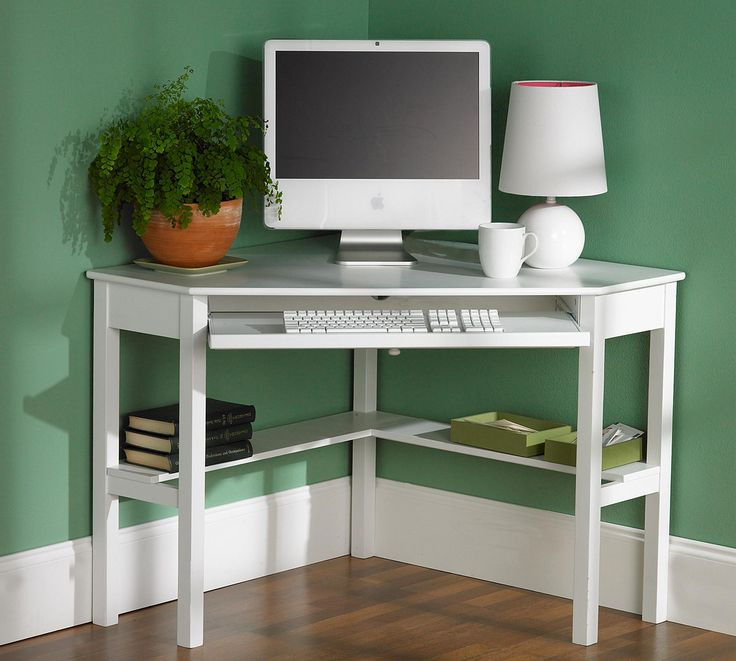 This Corner Desk Makes Good Use Of Tight Spaces And Is