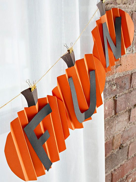 46 best Fall holidays images on Pinterest Male witch, Bricolage - halloween class decoration ideas