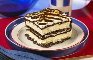 Ten Graduation Party Recipes to Feed a Crowd: Ice Cream Sandwich Cake