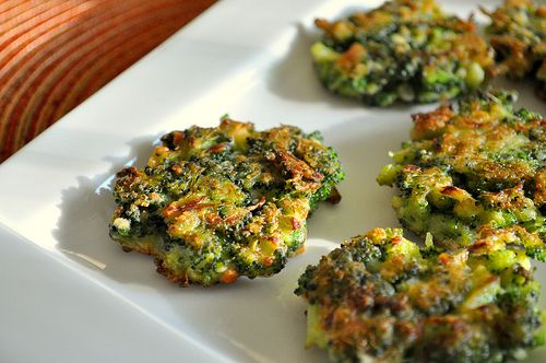 Broccoli Parmesan Fritters are so easy and everyone will eat their ...