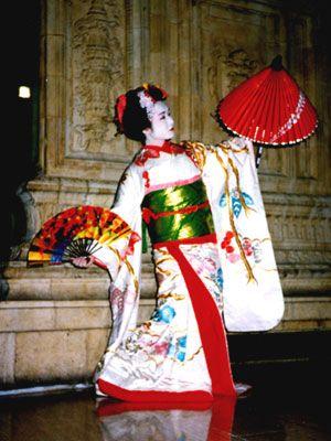 Asian Wedding Dances 40