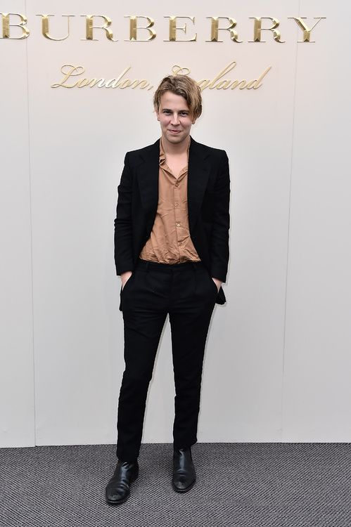 Tom Odell burberry