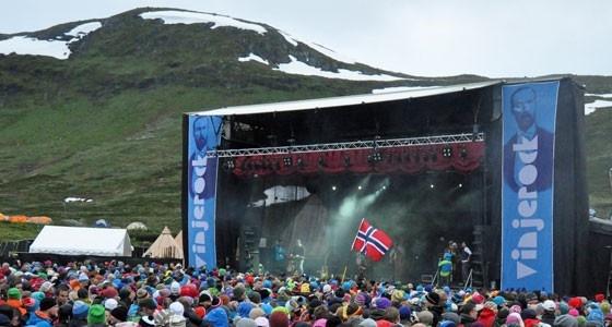 Fra Vinjerock på Eidsbugarden, vang i Valdres