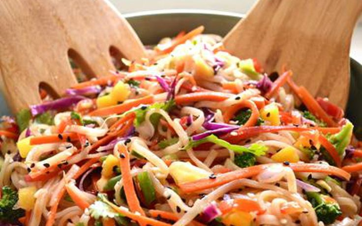 This Rainbow Pad Thai is colorful, hearty, and flavorful!