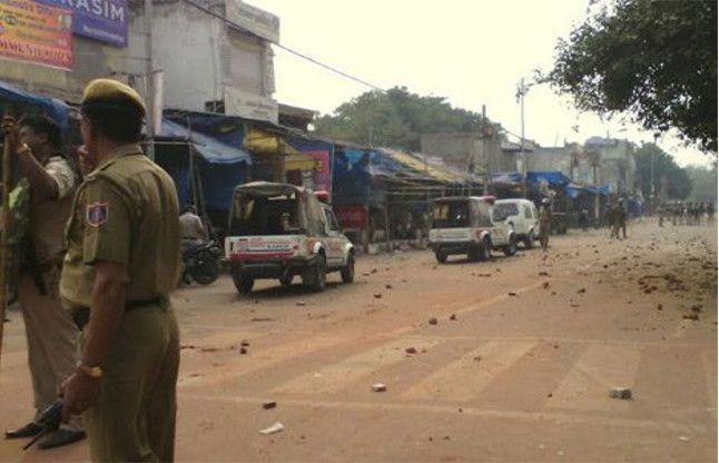 आगरा: नाई की मंडी में दो समुदायों में झगड़े के बाद शांति, पीएसी तैनात