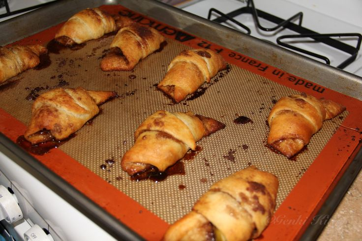 Vegan Apple Filled Croissant Recipe and Video