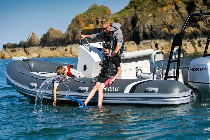 The Highfield Ocean Master 590 Aluminium RIB is a perfect family boat.