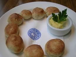 Pizza Express doughballs :)
