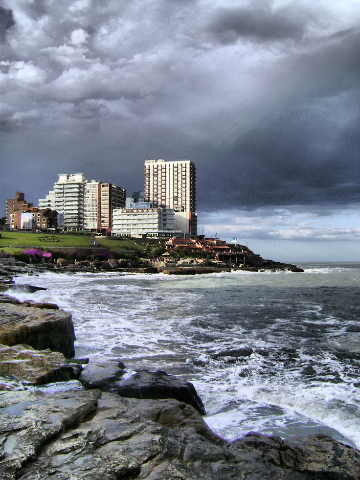 Mar del Plata - Playa Chica, Costa Atlantica, Argentina