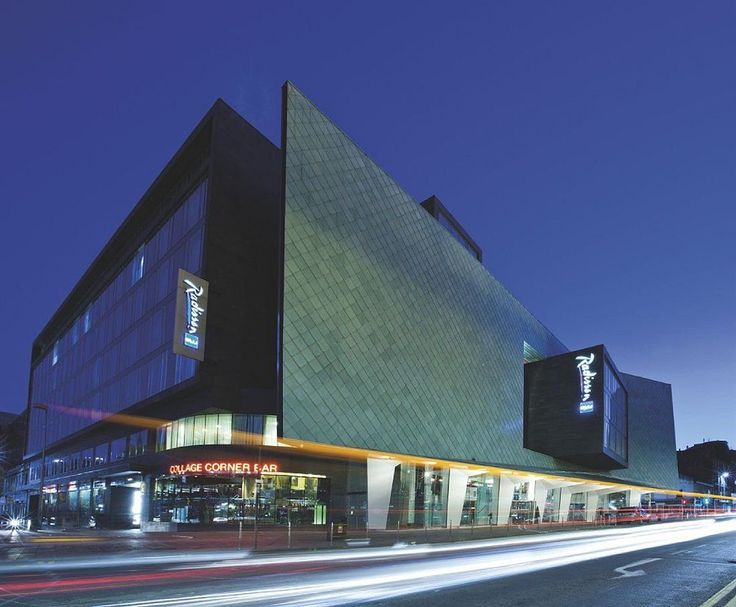 Radisson Blu Hotel, Glasgow in Glasgow (City Centre Glasgow) is minutes from Arches Theatre and Lighthouse. This 5-star hotel is within close proximity of St. Enoch Centre and Princes Square.  http://www.lowestroomrates.com/avail/hotels/United-Kingdom/Glasgow/Radisson-Blu-Hotel-Glasgow.html?m=p  #RadissonBlu #Glasgow
