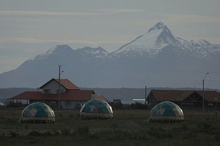 Nuestros domos geodesicos en la patagonia chilena Visitanos en www.refugiofossil.cl