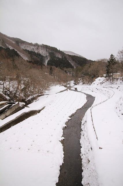 River in Yunishigawa-onsen.