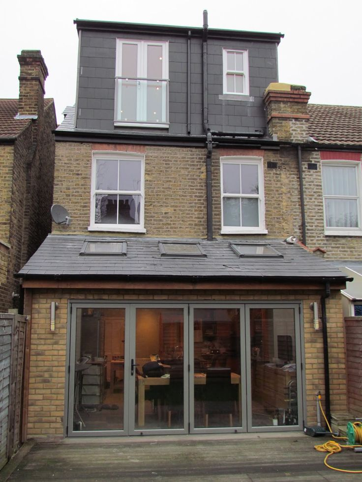 Charmant Kitchen Extension   Roof Lights And Glazed Back Wall Slopes Roof Def Better  Than Flat