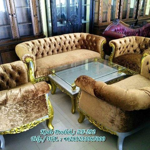 Set Kursi Sofa Ruang Tamu Mewah http://www.zahirartfurniture.com