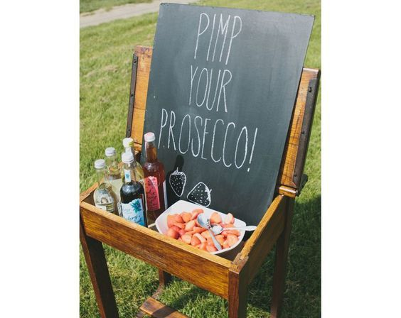 Who doesn't love Prosecco, it's a girl's best friend right? Have a docking station at your summer wedding with glasses of Prosecco and lots of cute edible props, fruits and flavourings that people can come and customise their drinks with.: