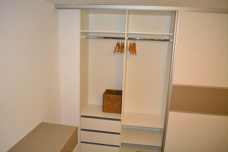 Mobila dormitor  Dressing 2 usi Glisante  Pal U727ST22 si W1000ST22 sertare glisiere normale