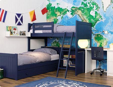 litera alta con cama nido debajo en ele, de madera maciza lacado en azul