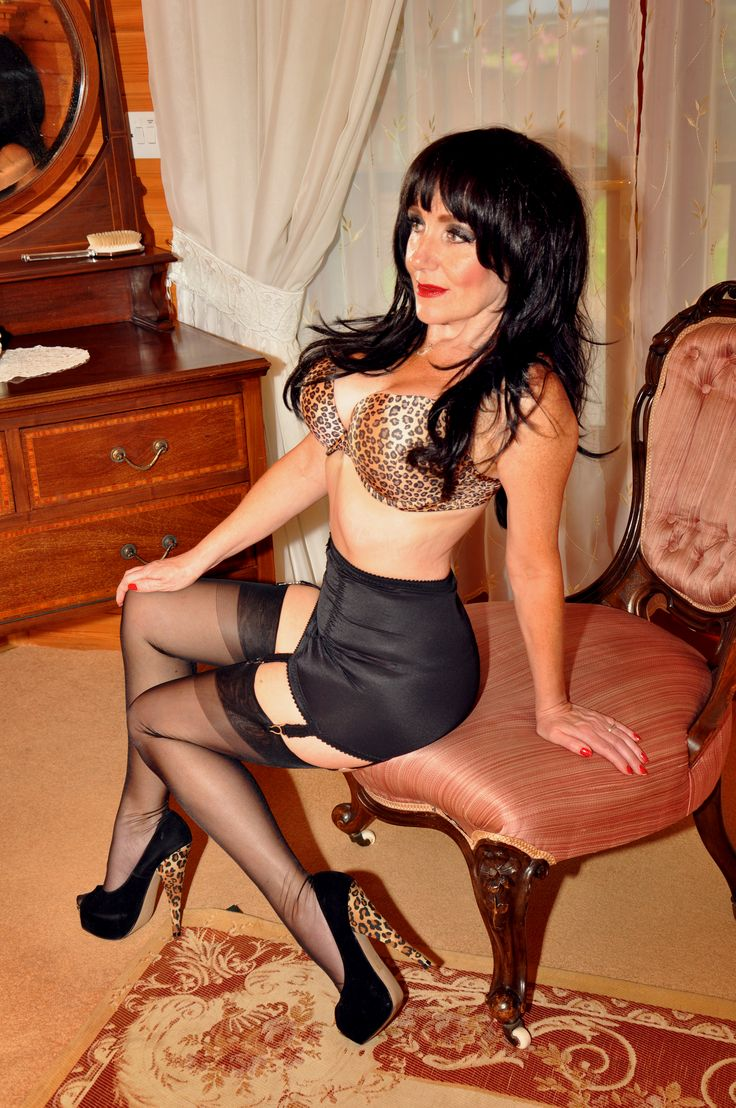 retro mature escort girl sur paris