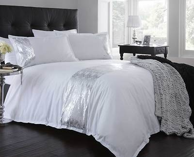Stylish Modern White Silver Colour Sequin Duvet Quilt