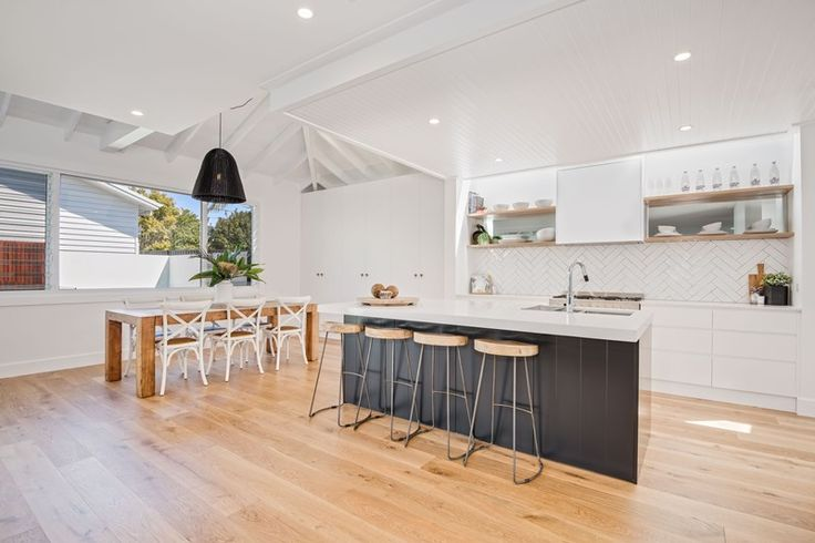 Contemporary Beach house Sydney   beach house   coastal architecture   contemporary home   Hampton style   modern Hamptons style   beach Kitchen   timber floors   weatherboard home   panelled ceiling   Hampton architecture  