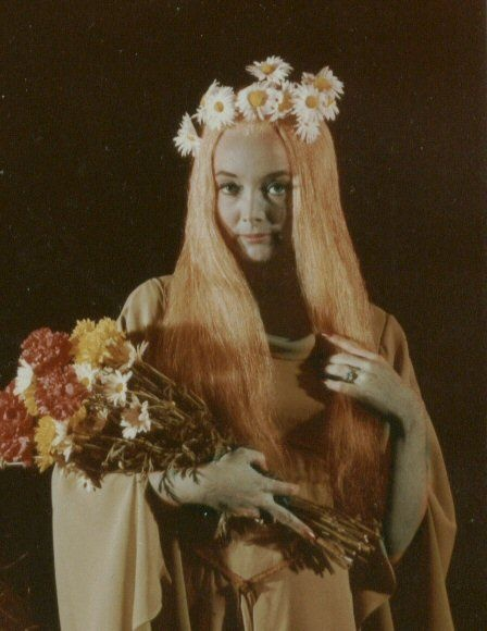 Carolyn Jones as Ophelia