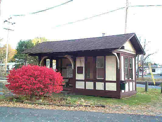 Bucksviews Blog - A blog for Bucks County Pennsylvania: The SEPTA Newtown Train Station (Defunct)