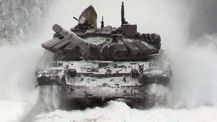 Los equipos rusos de biatlón de tanques mejoran sus habilidades en el frío ártico - RT