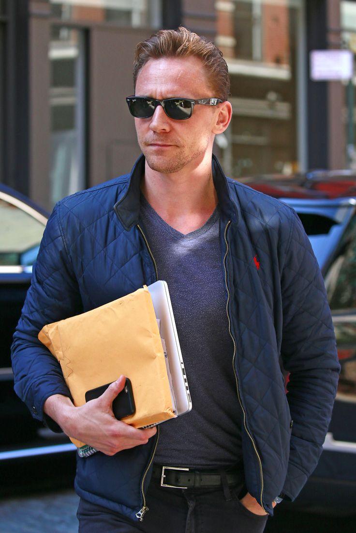Tom Hiddleston in New York 17.6.2016 From http://tw.weibo.com/torilla/3987585732715459