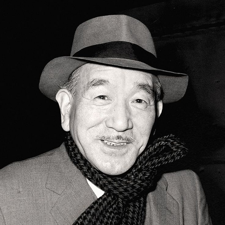 """I just want to make a tray of good tofu. If people want something else, they should go to the restaurants"" – Yasujiro Ozu #bornonthisday in 1903"