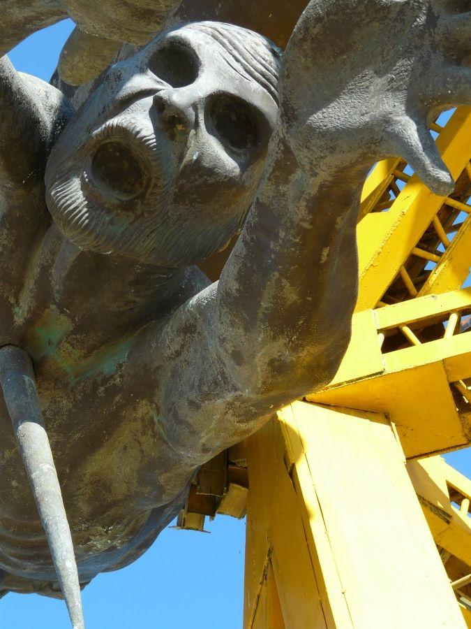 monumento a la gaitana 5