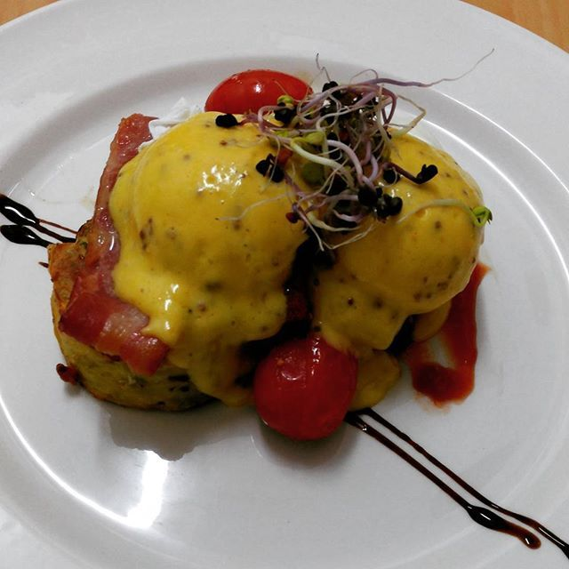 Eggs Benedict via Chef at the Lake House. The Lake House Arts Centres' new cafe venture. Food/Food&Drink/Breakfast/Cafe/Restaurant/Chef  #Regram via @lakehousearts